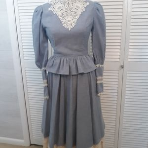 Jessica Mcclintock vtg pinstripe skirt set 5/6 C5
